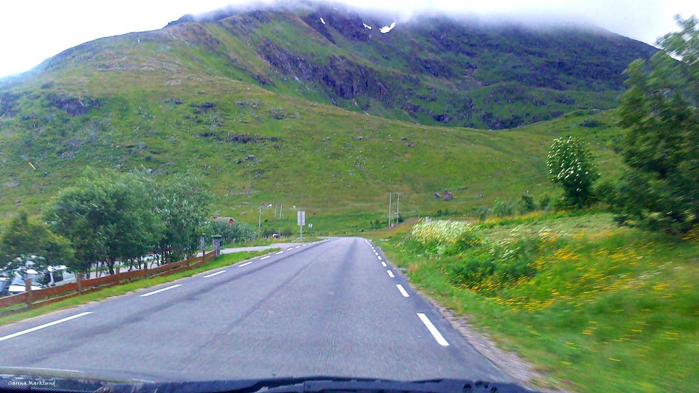 On the road , Lofoten, Norway by carro
