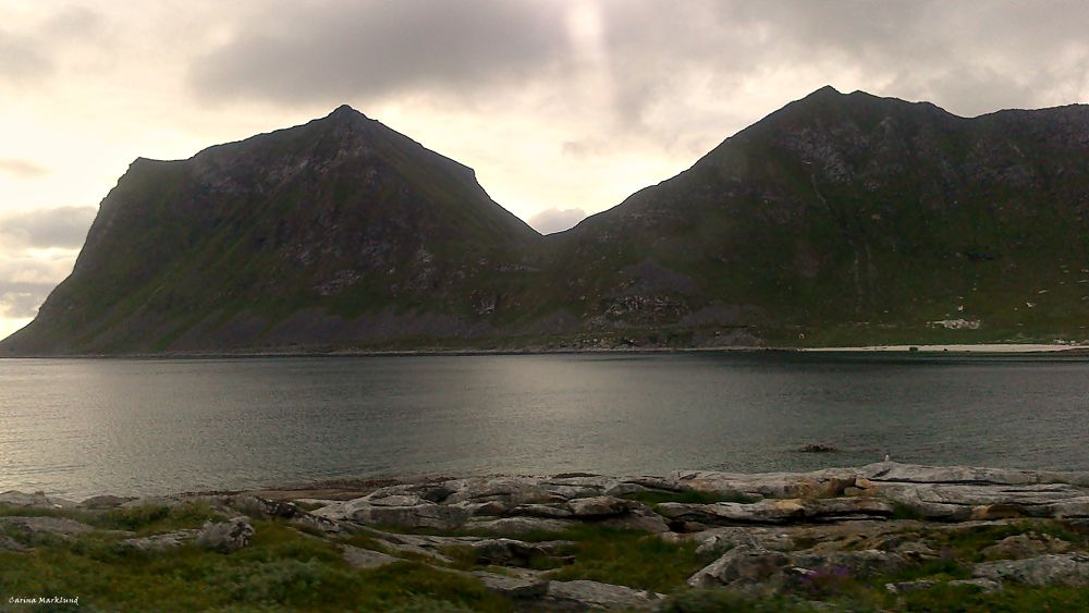 Landscape, (taken from the car) , Lofoten, Norway by carro