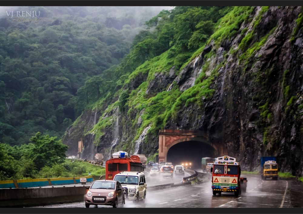 A ride on the express highway by VJ Renju