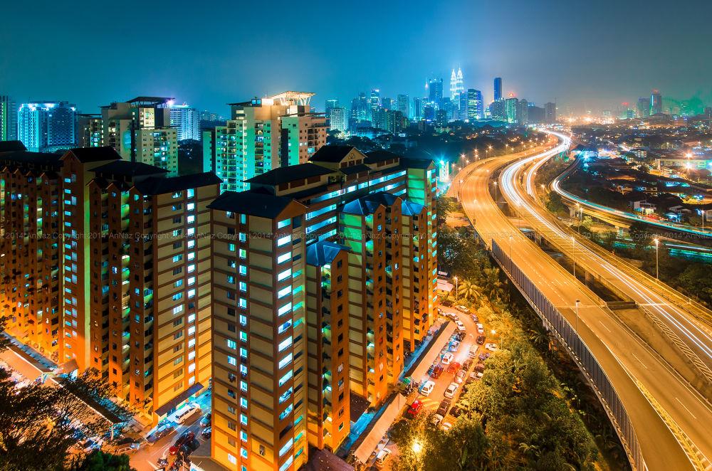 Kuala Lumpur night view by anfieldNaz