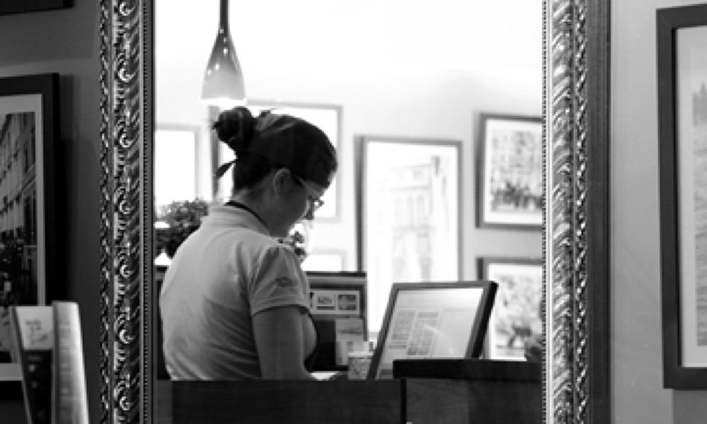Café na livraria.jpg by ClaudiaBilobran