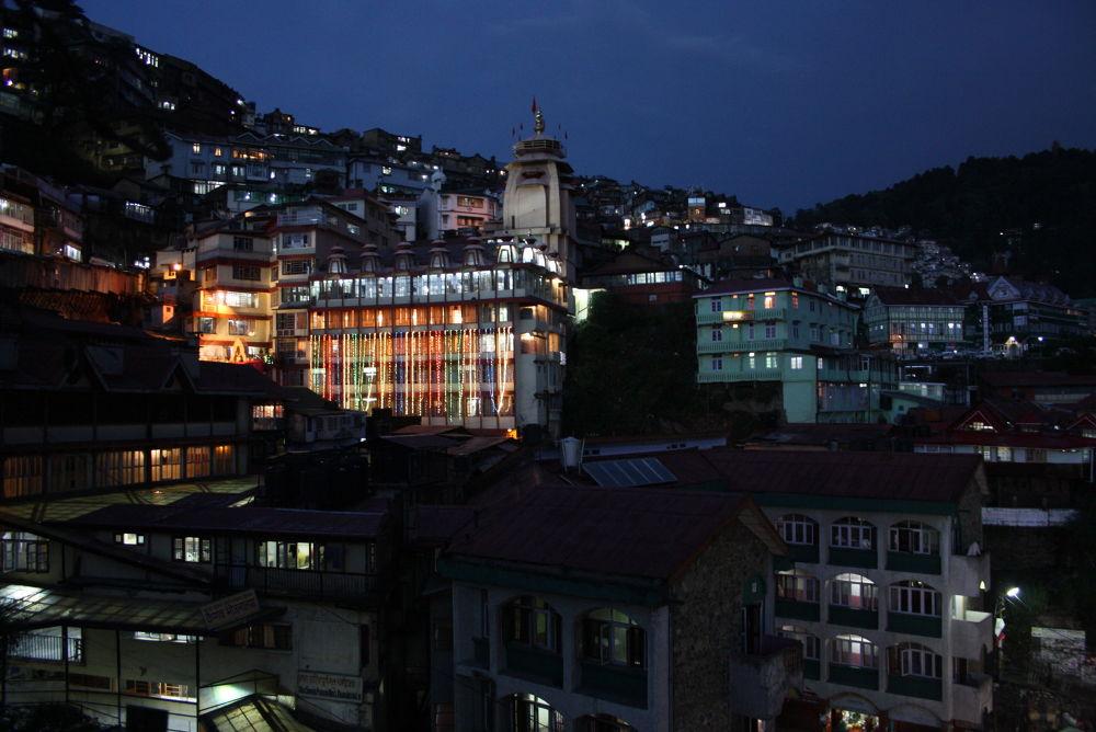 An evening at Shimla  by rmukherjeecal
