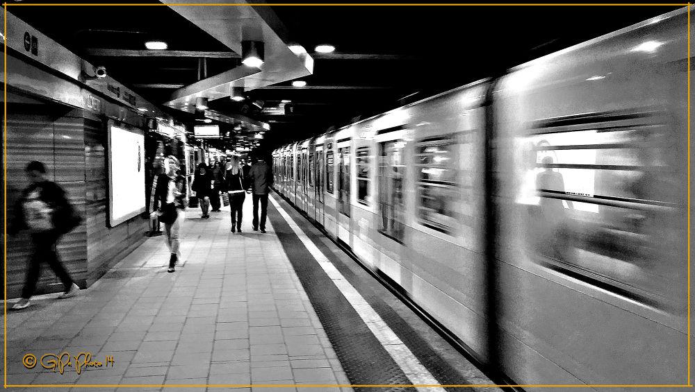 Metro 20140409_121306 by giorgiopassoni1