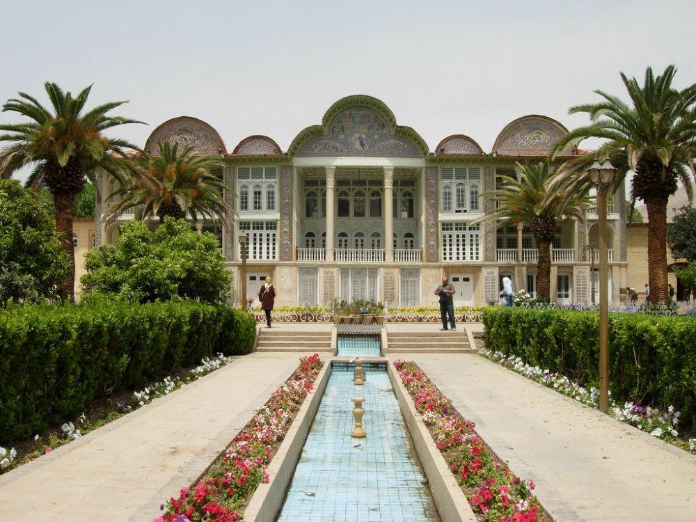 Eram Garden, Shiraz, Iran by hamid737