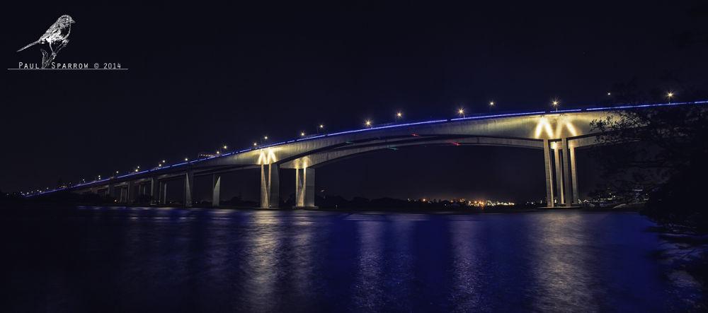 Gateway Bridge by Paul Sparrow