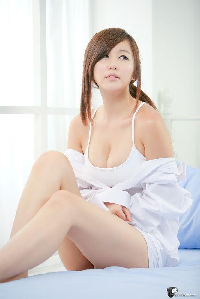 SexyKoreanModels-b0007378_4c4d8a69b8a3b.jpg by piernas