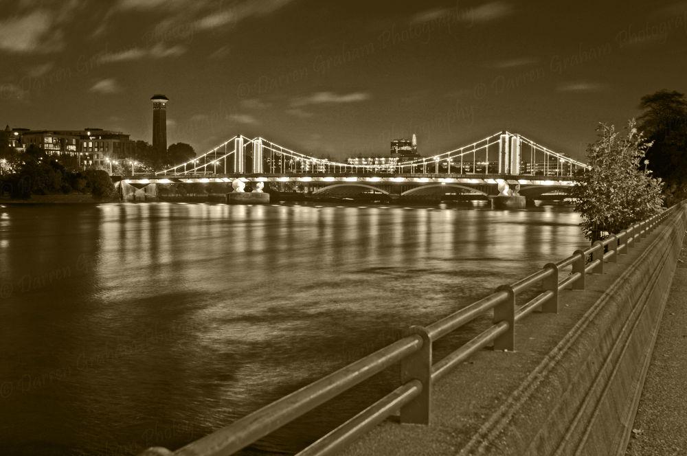 chelsea bridge B/W by DarrenGrahamPhotography