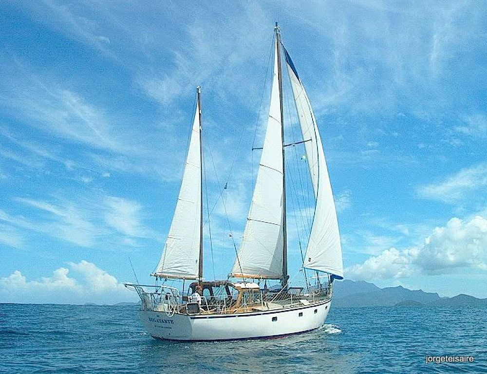 Sailing to Isla Grande Brazil by jorgeteisaire