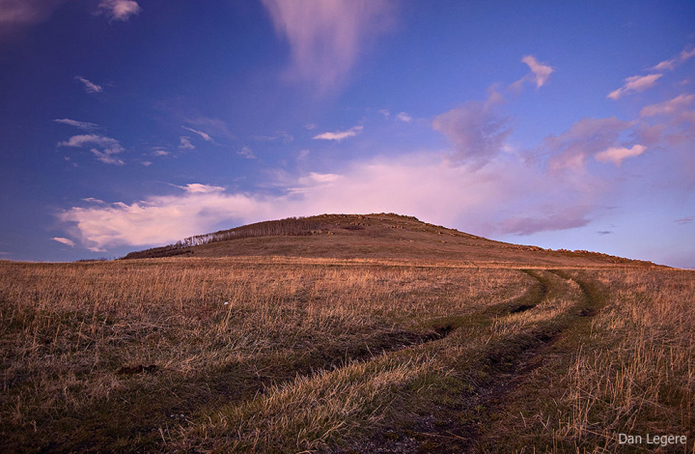 Road to the Glowing Hill by DanLegere