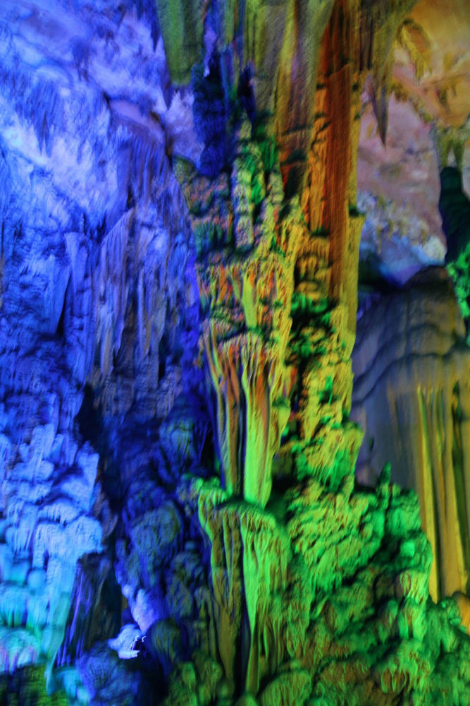 Guilin-Reed-Caves-104 by Arie Boevé