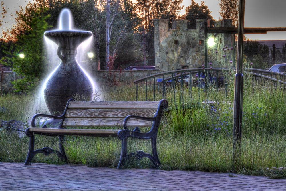 DSC_0016And2more_tonemapped.jpg by filiztakaymat
