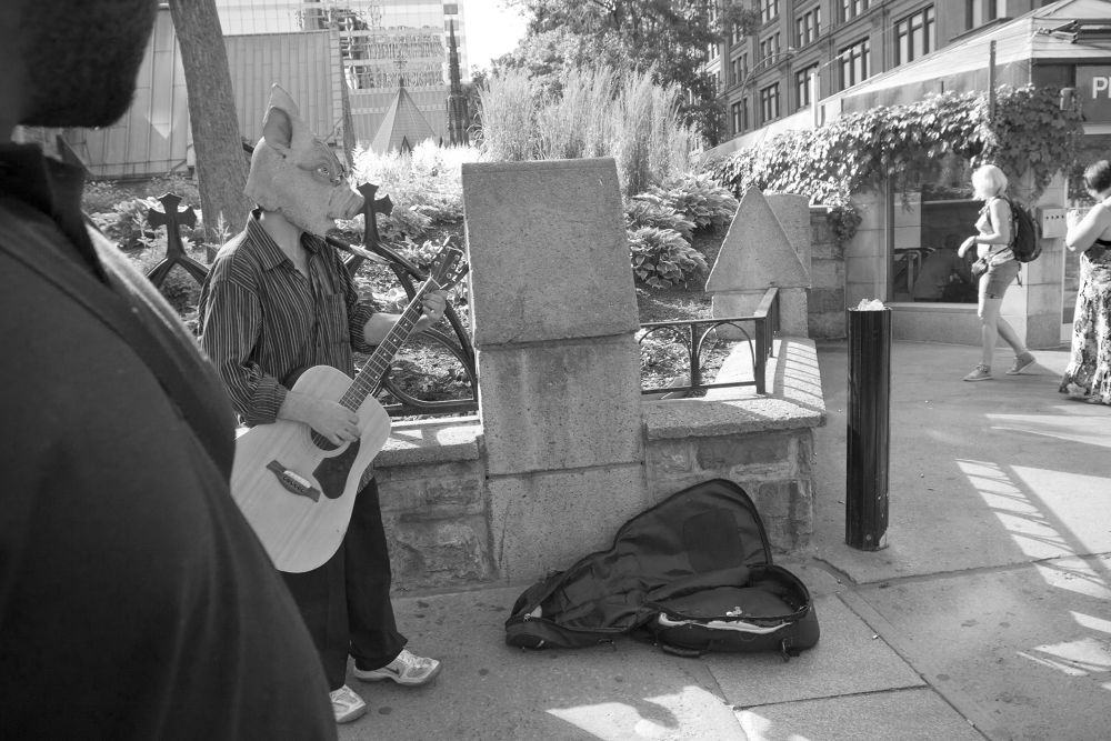 Street musician, Montreal by nonoyespina
