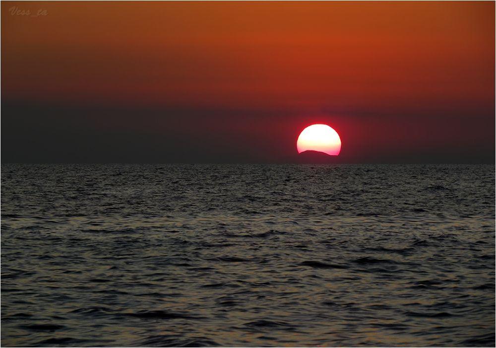 Fire sunrise by VessTa