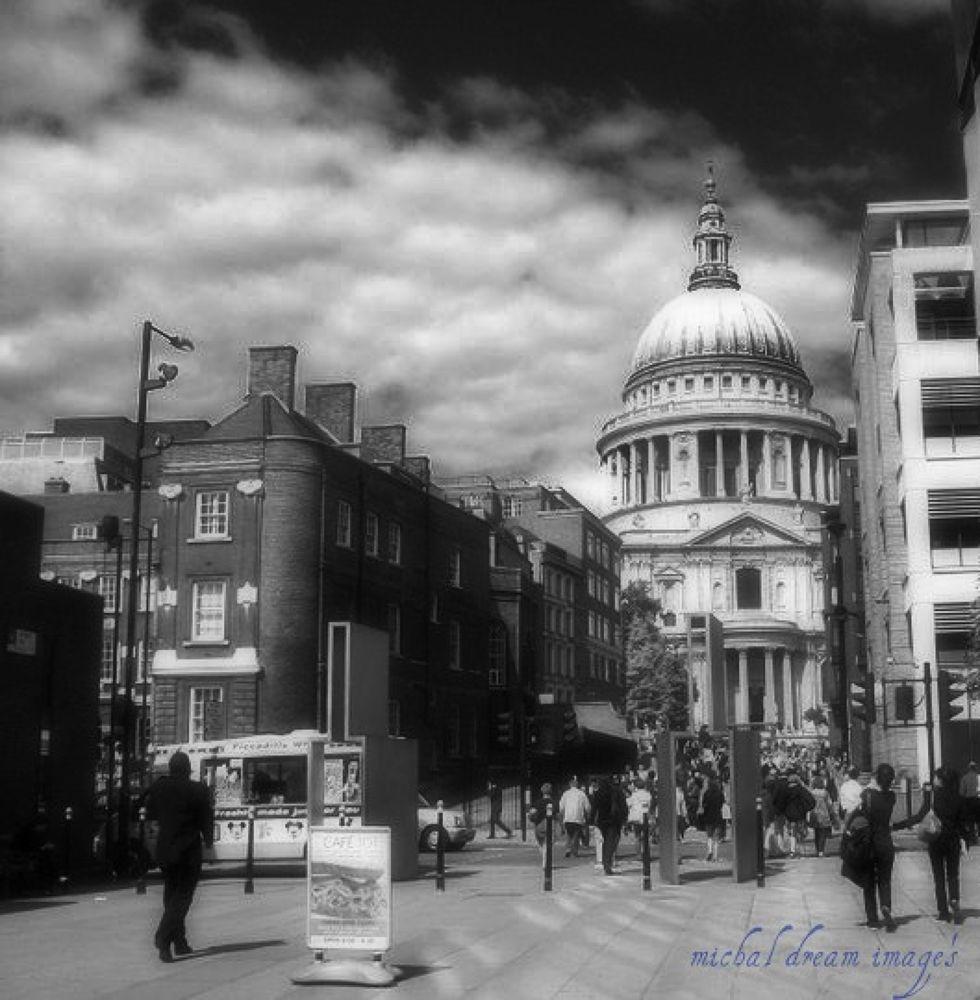 london.jpg by michal clarke