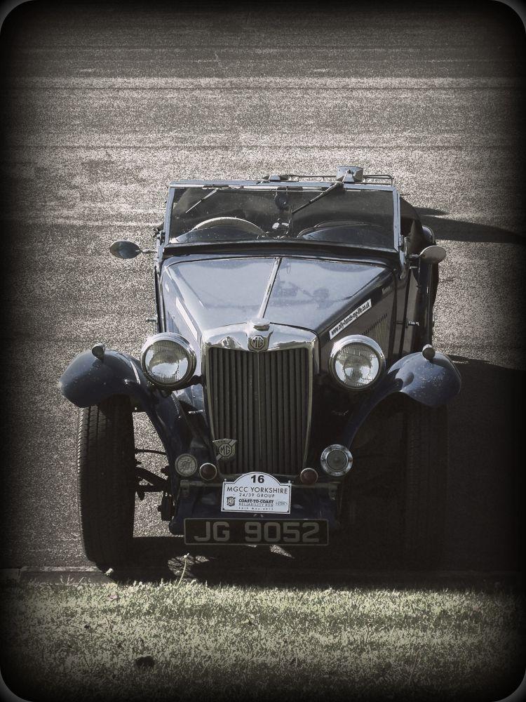 VINTAGE CAR 2.jpg by michal clarke