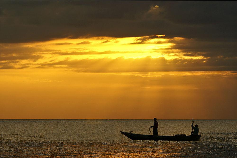 fishermen by Leo Walter