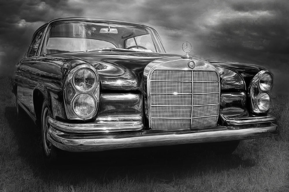old daimler by Leo Walter