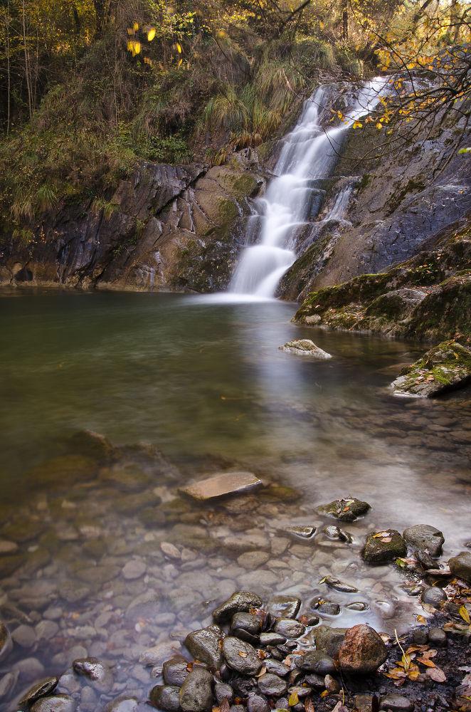 Delika waterfall by laurentzimartinez