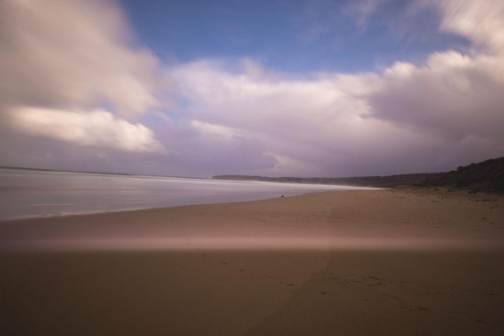 Great Ocean Road. by eddylowck