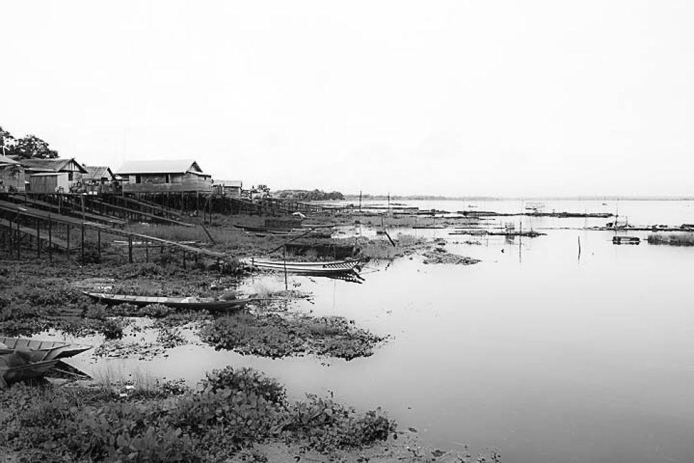 Djempang Lake by gnyomi