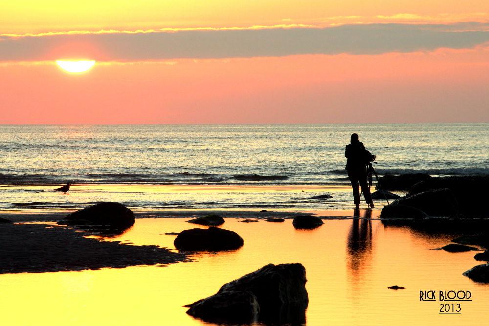 Sunrise Shooter by rickblood792