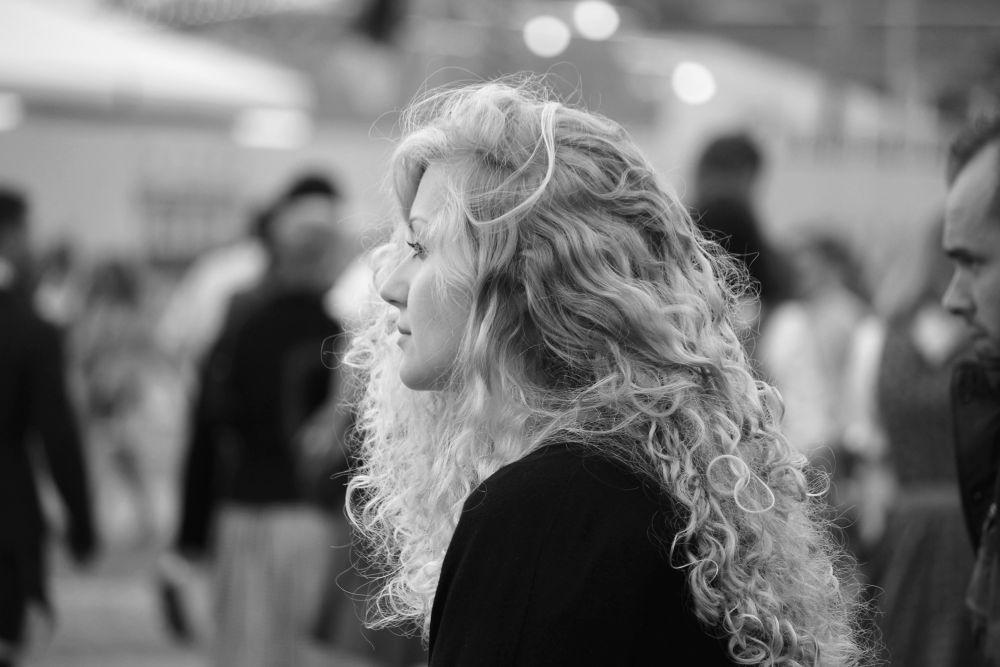 woman       © Jana Lily Kleisnerova 2013 by janakleisnerova19