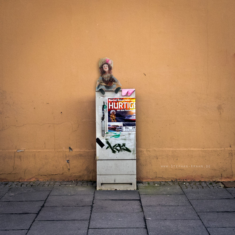 Doll on a junction box by stephankrahn