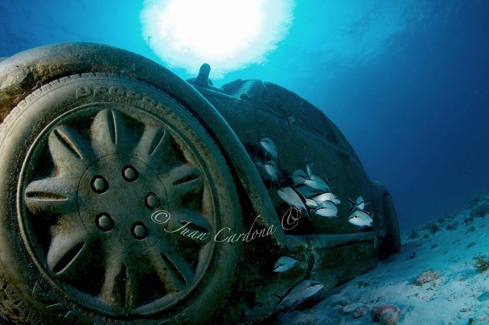 Under water Museum by cancunsblue