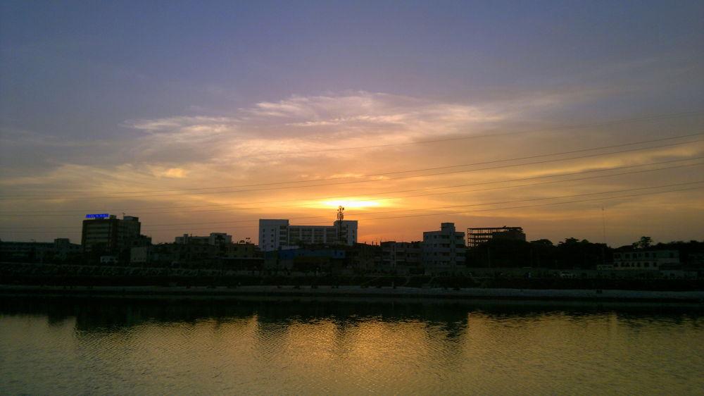 Evening on Dhaka City by shamiuljoy