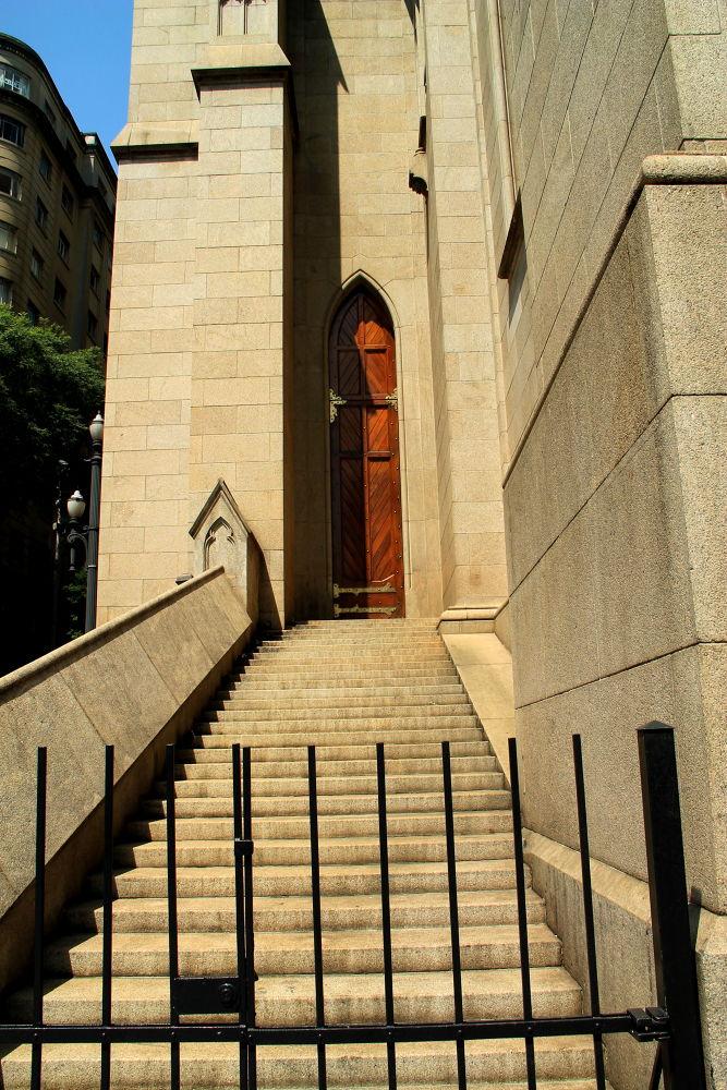 the narrow door by ichernin