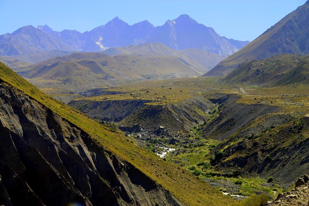 the andean mountain range by ichernin