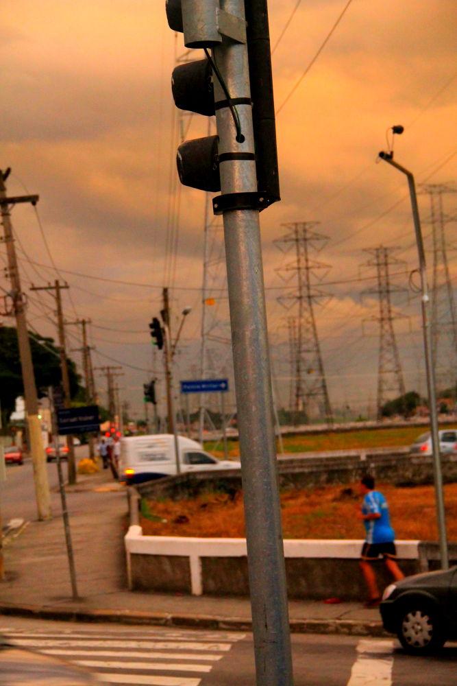 jogging at sunset by ichernin