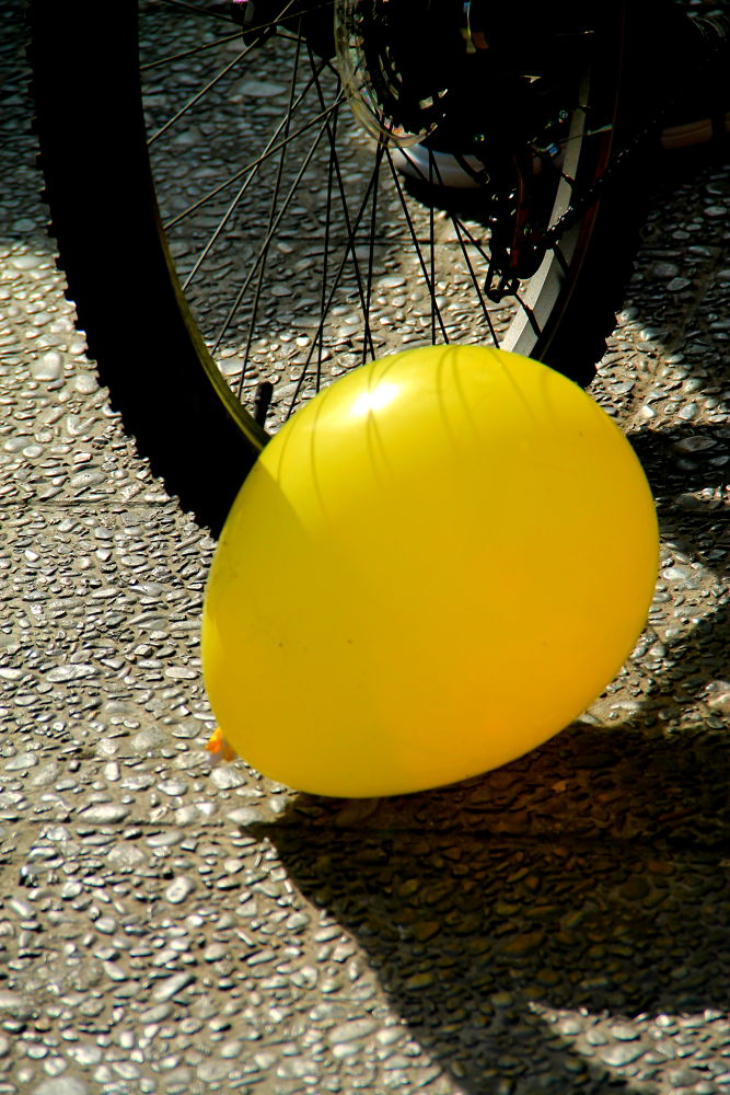 Photo in Random #yellow #balloon #santiago #chile #street photography #urban