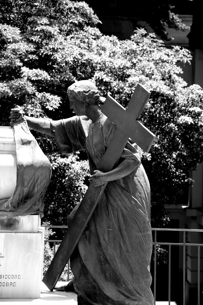 bearing the cross by ichernin
