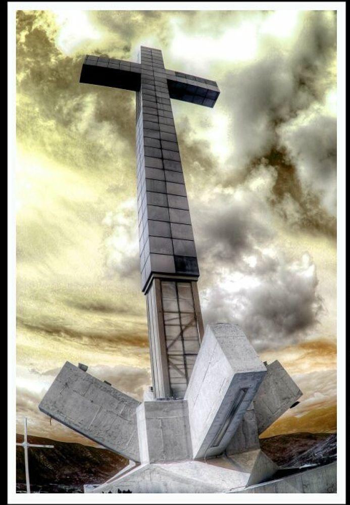 cross by IvanaSkobic
