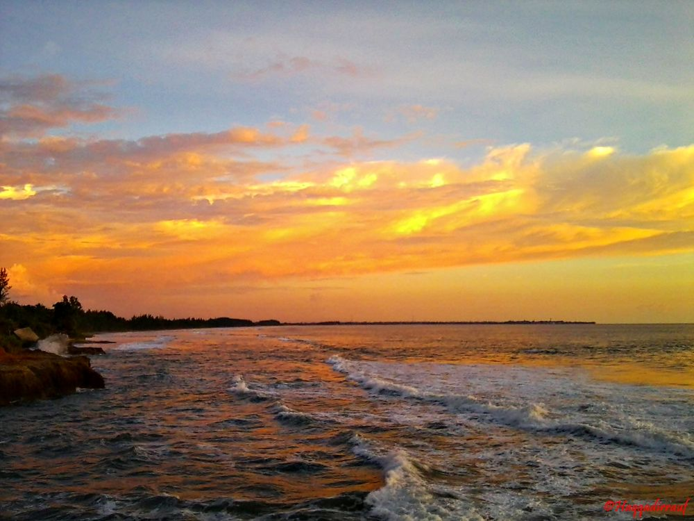 Sunset di objek wisata Sungai Suci by Haqqadirrauf