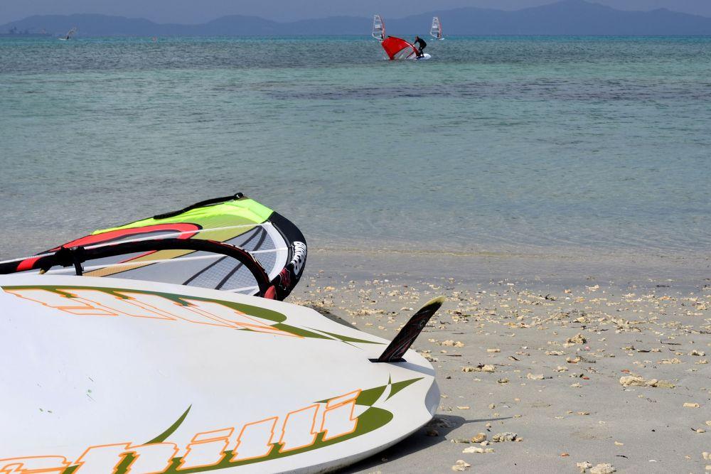 Wind Surfing  by dz.cj