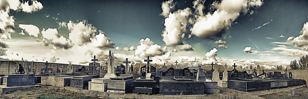 Photo in Random #cementerios #nubes #panorámicas