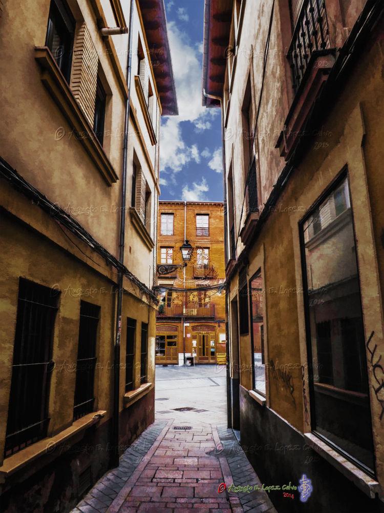 Calle Matasiete. León. España by Augusto E. López Calvo