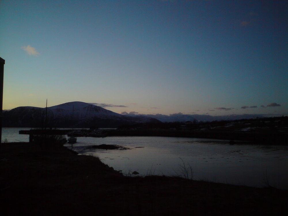 Early winternight by stigrobertgjerdrum