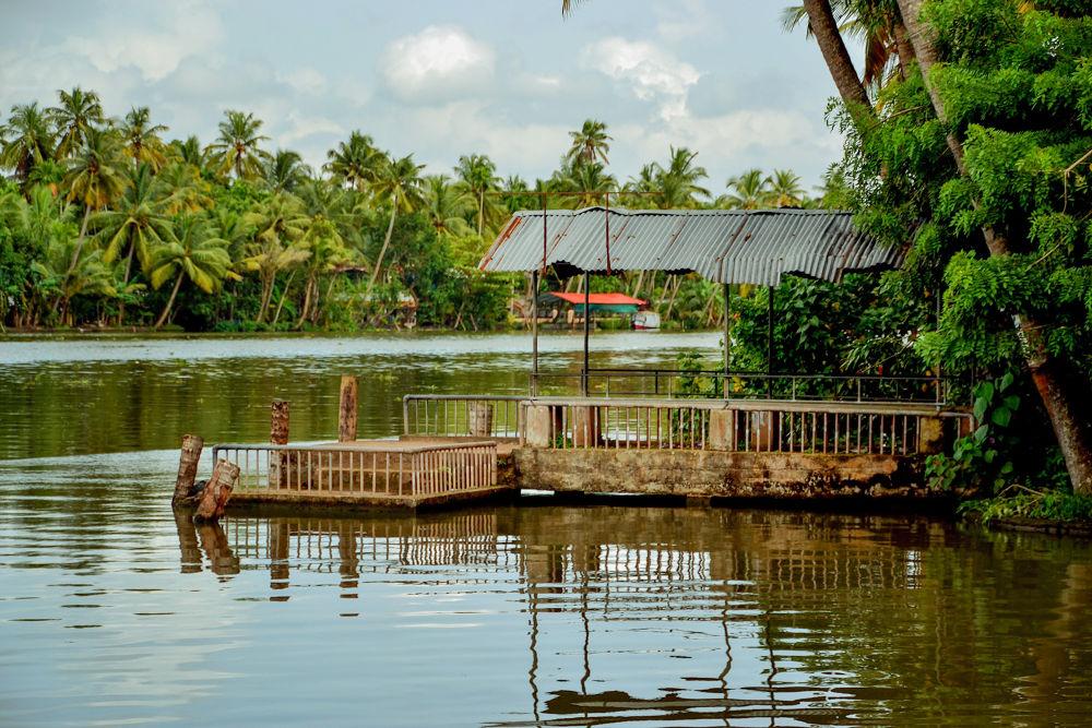 Boat Jetty by Raj Marlecha
