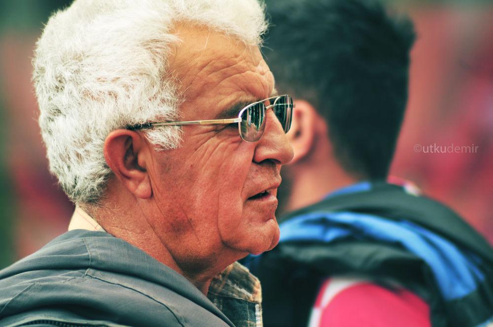 Old man by udemir