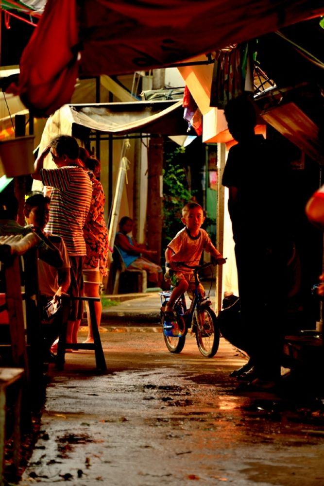 Community by Naret Singusaha