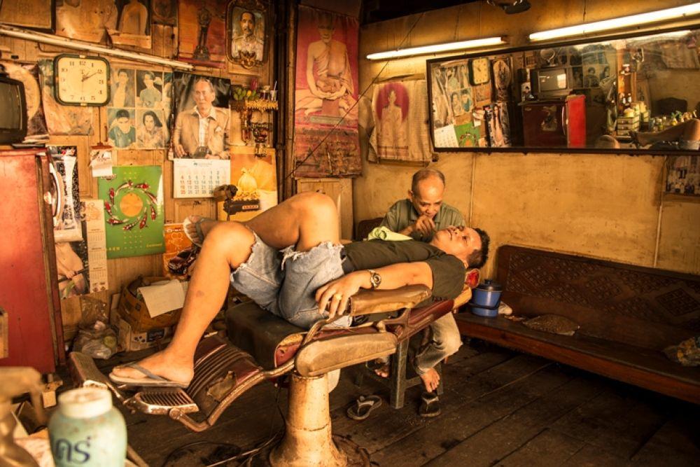 Barber by Naret Singusaha