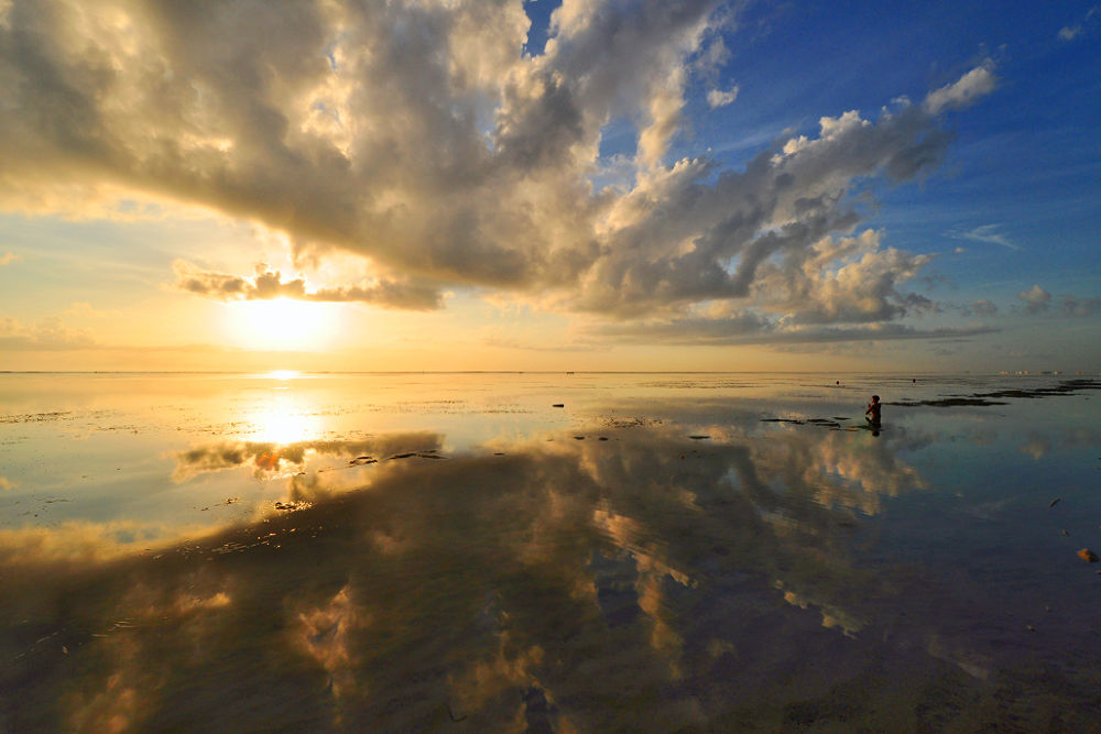 Meditation (reach the sunshine), Sanur beach, Bali island by trikolopaking