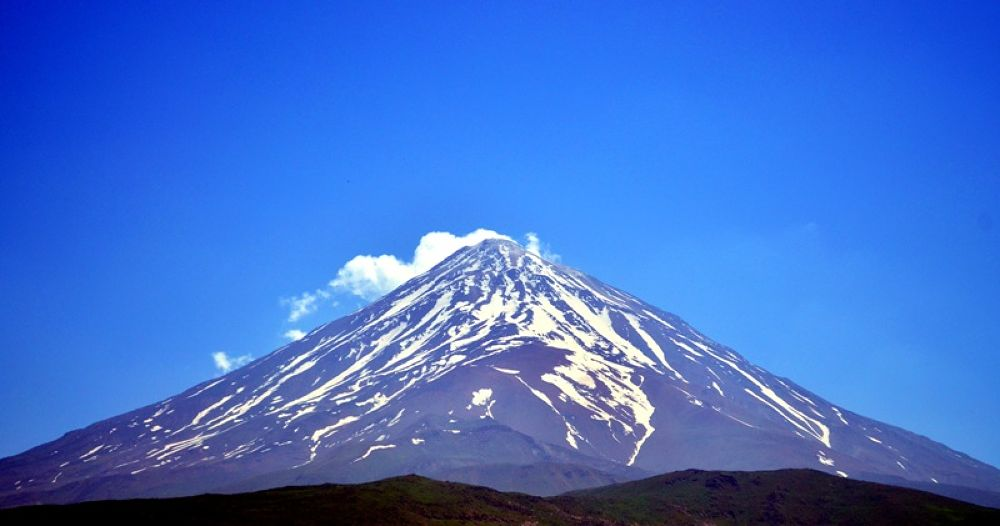 Damavand Peak  by Photo Shot