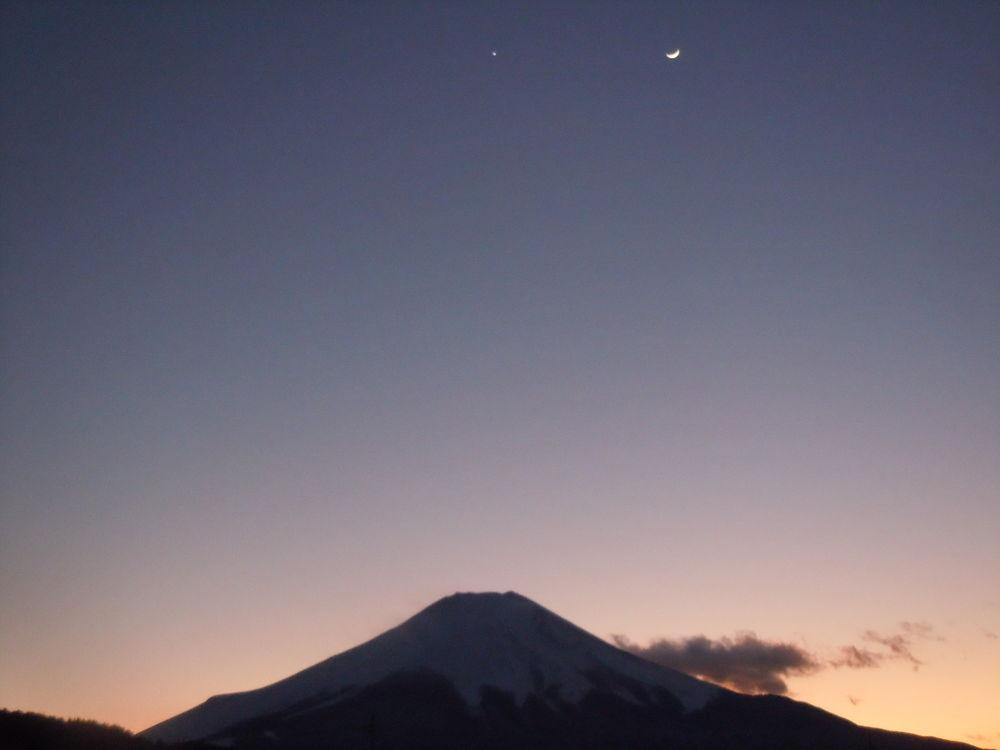 Mount Fuji, Japan by masayukishirasawa1