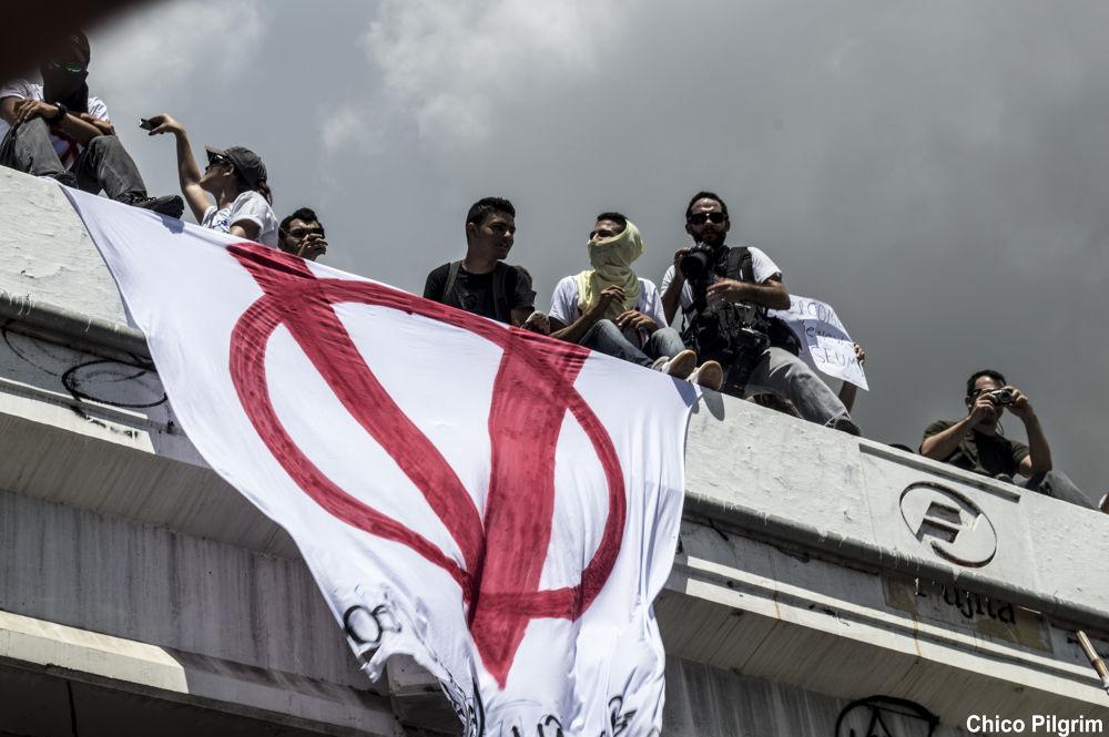 Brasil revolution by Chico Pilgrim