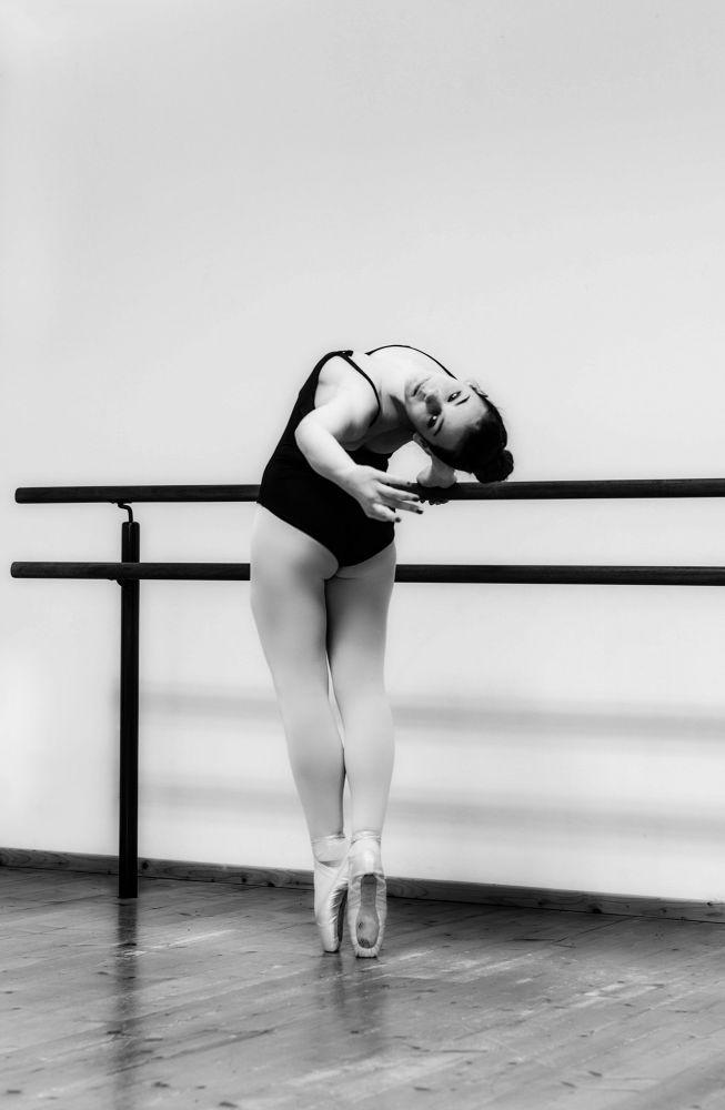 the dancer by Guendalina Quattrocchi