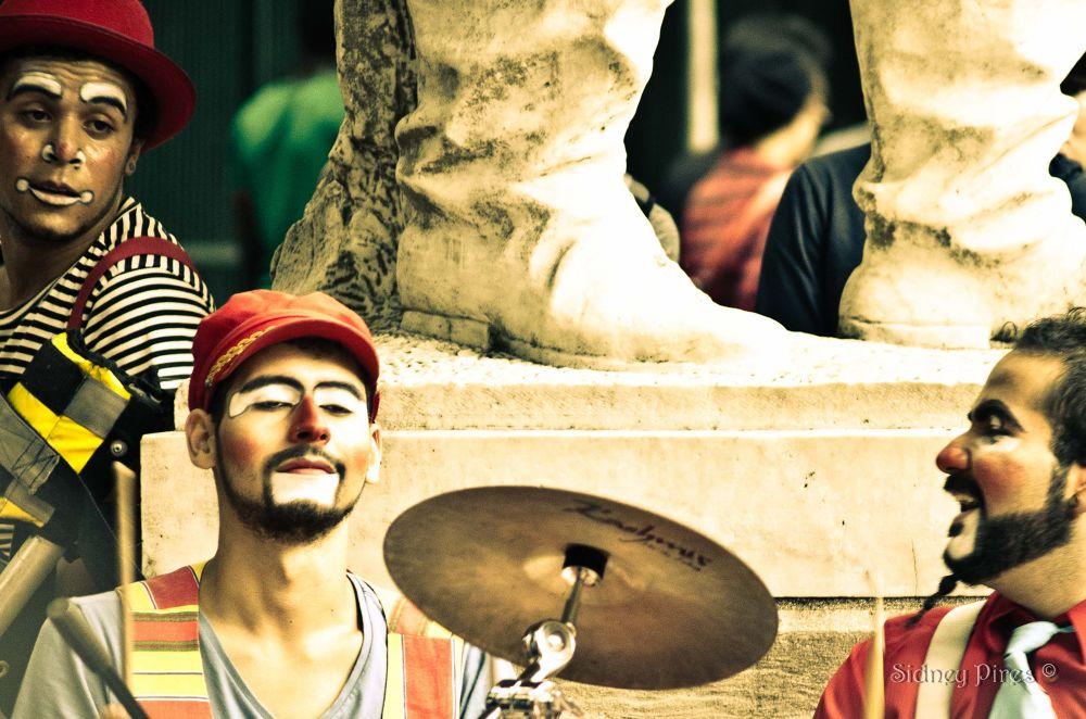 Photo in Still Life #ypa2013 #avenida paulista #sidney pires #artistas de rua